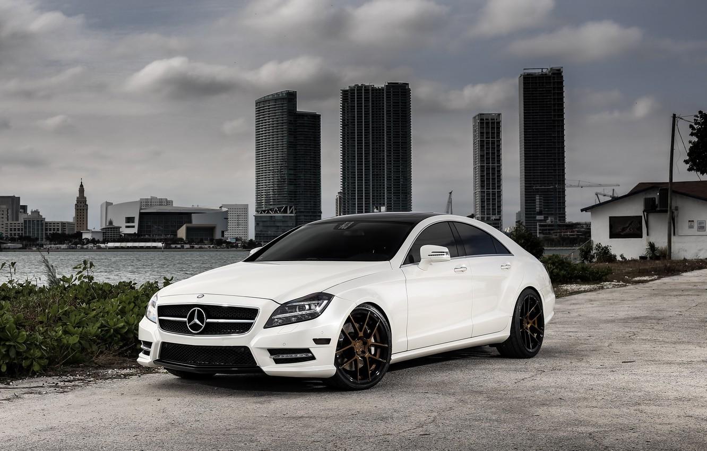 Photo wallpaper Mercedes, wheels, Before, CLS550, Garde