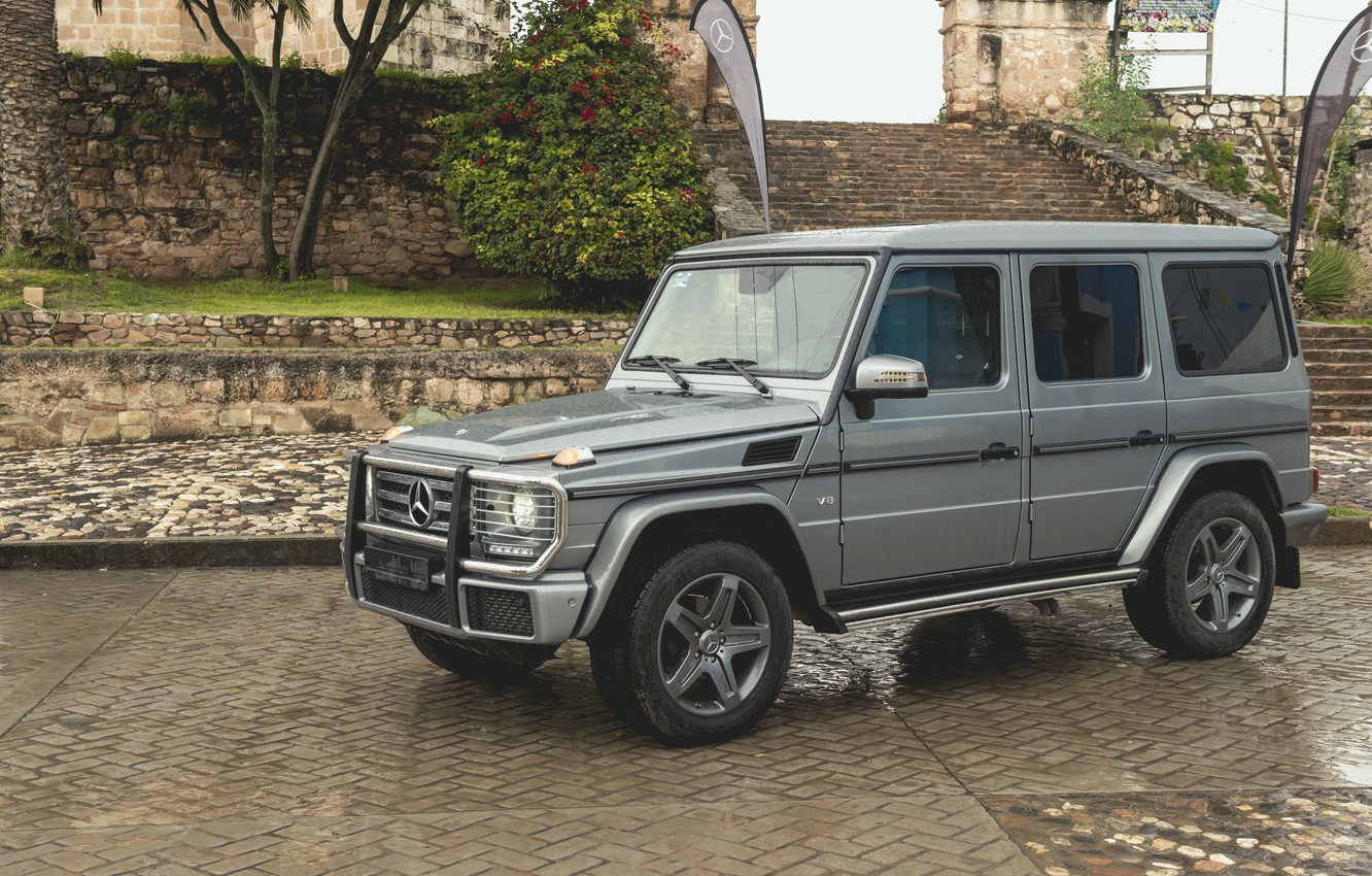 Photo wallpaper drops, stones, grey, Mercedes-Benz, pavers, SUV, ladder, stage, 4x4, dampness, G-Class, 2017, G 500, V8