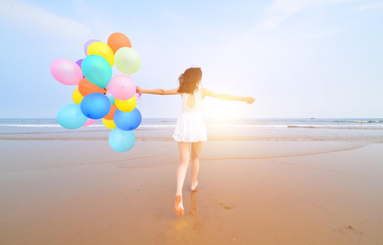 Photo wallpaper sand, sea, beach, summer, girl, the sun, happiness, balloons, stay, colorful, girl, summer, sunshine, happy, …