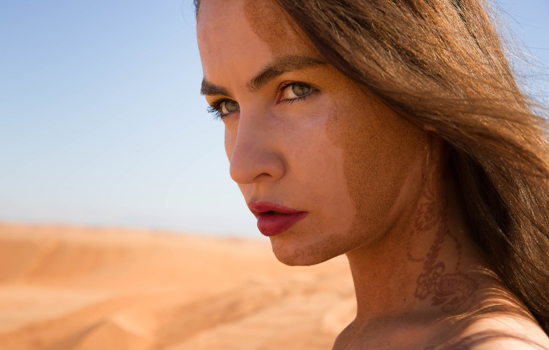 Photo wallpaper sand, summer, face, hair, lips, Sandy