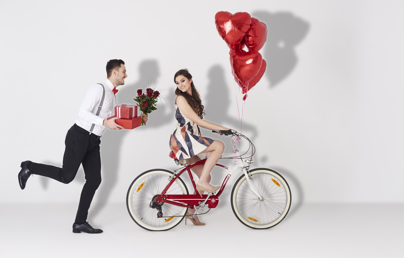 Photo wallpaper Girl, Heart, Roses, Two, Bike, Brown hair, Male, Valentine's Day, Valentine's Day, Gifts, A balloon