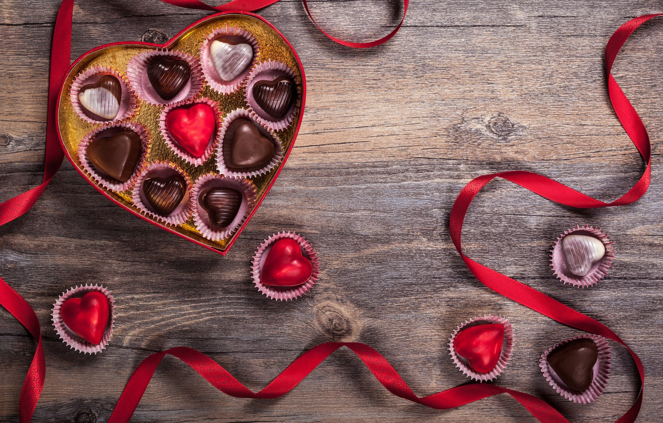 Photo wallpaper love, gift, chocolate, candy, hearts, sweets, love, wood, romantic, hearts, chocolate, Valentine's Day, gift, candy, …
