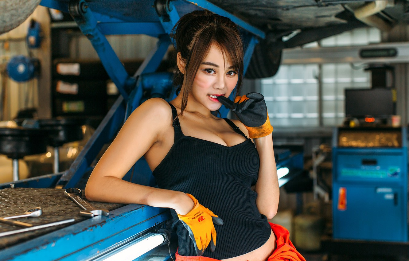 Photo wallpaper girl, sexy, Asian, garage