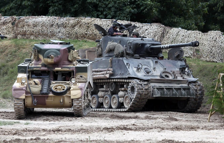 Photo wallpaper weapons, tanks, demonstration performance