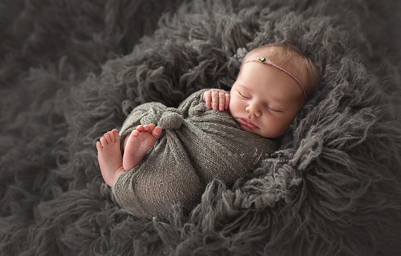 Photo wallpaper sleep, baby, fur, baby