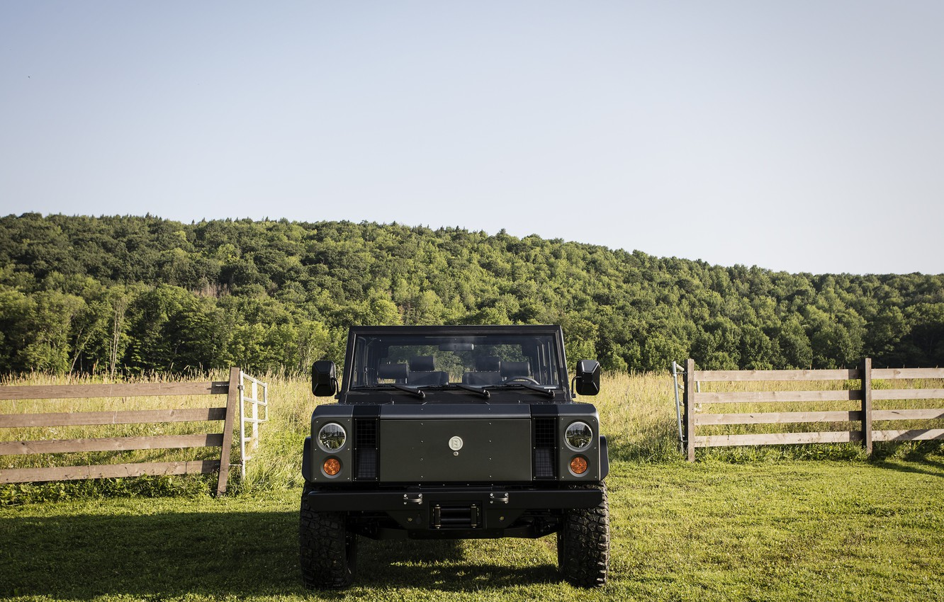 Photo wallpaper greens, the sky, vegetation, the fence, gate, SUV, electric, Bollinger, B1 Electric Truck