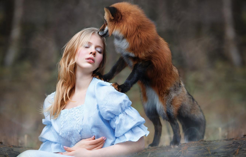 Photo wallpaper girl, Fox, red, friends, Julia Kowalska, photographer Svetlana Nicotine