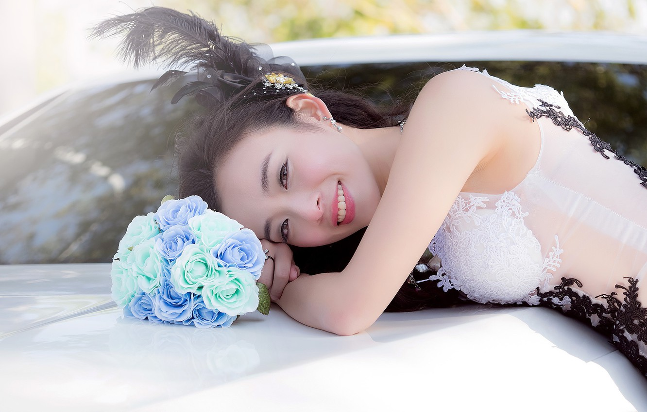 Photo wallpaper Smile, Bouquet, Hairstyle, Makeup, The bride, Girl