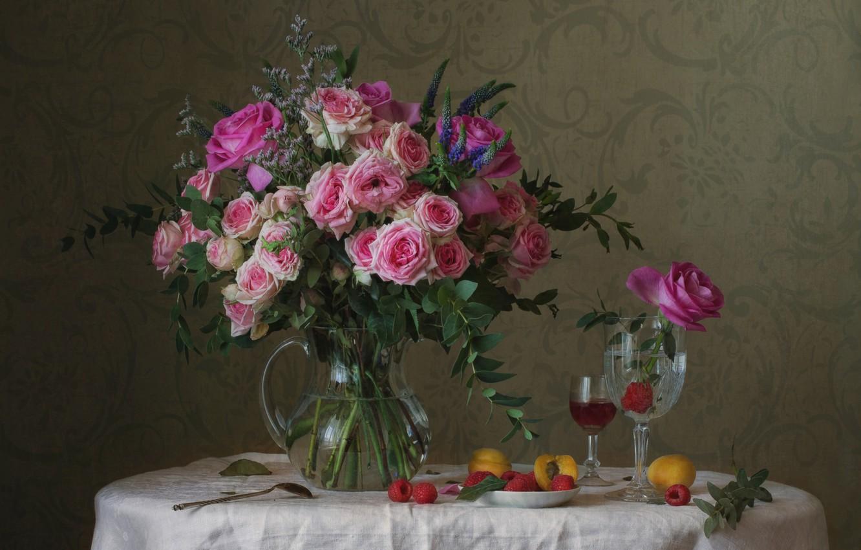 Photo wallpaper raspberry, glass, roses, bouquet, apricot
