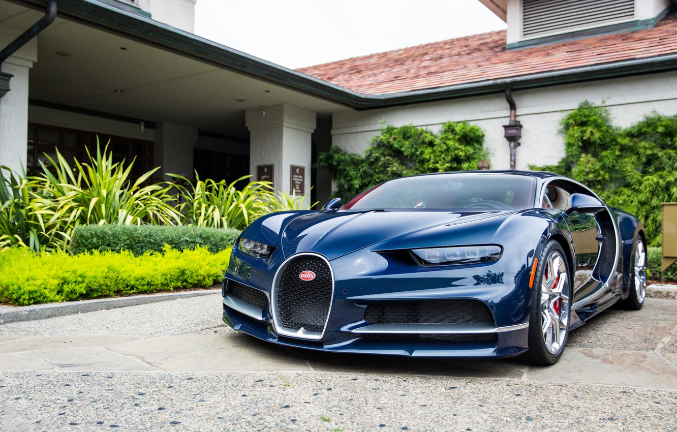 Photo wallpaper Bugatti, House, Yard, Chiron