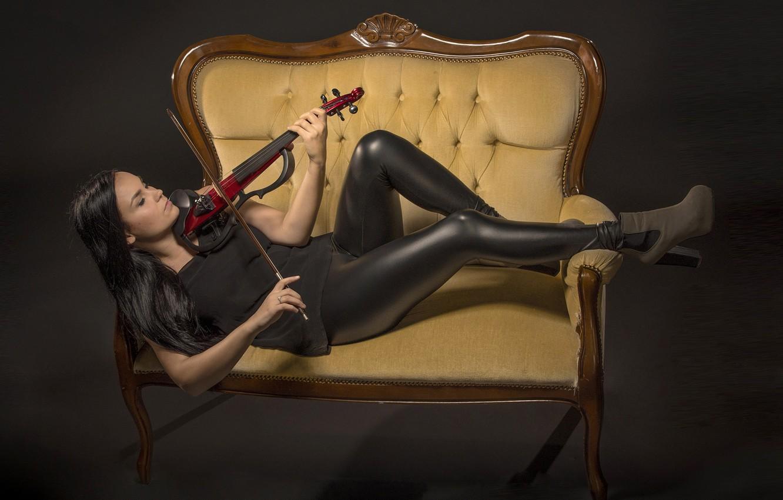Photo wallpaper girl, sofa, violin