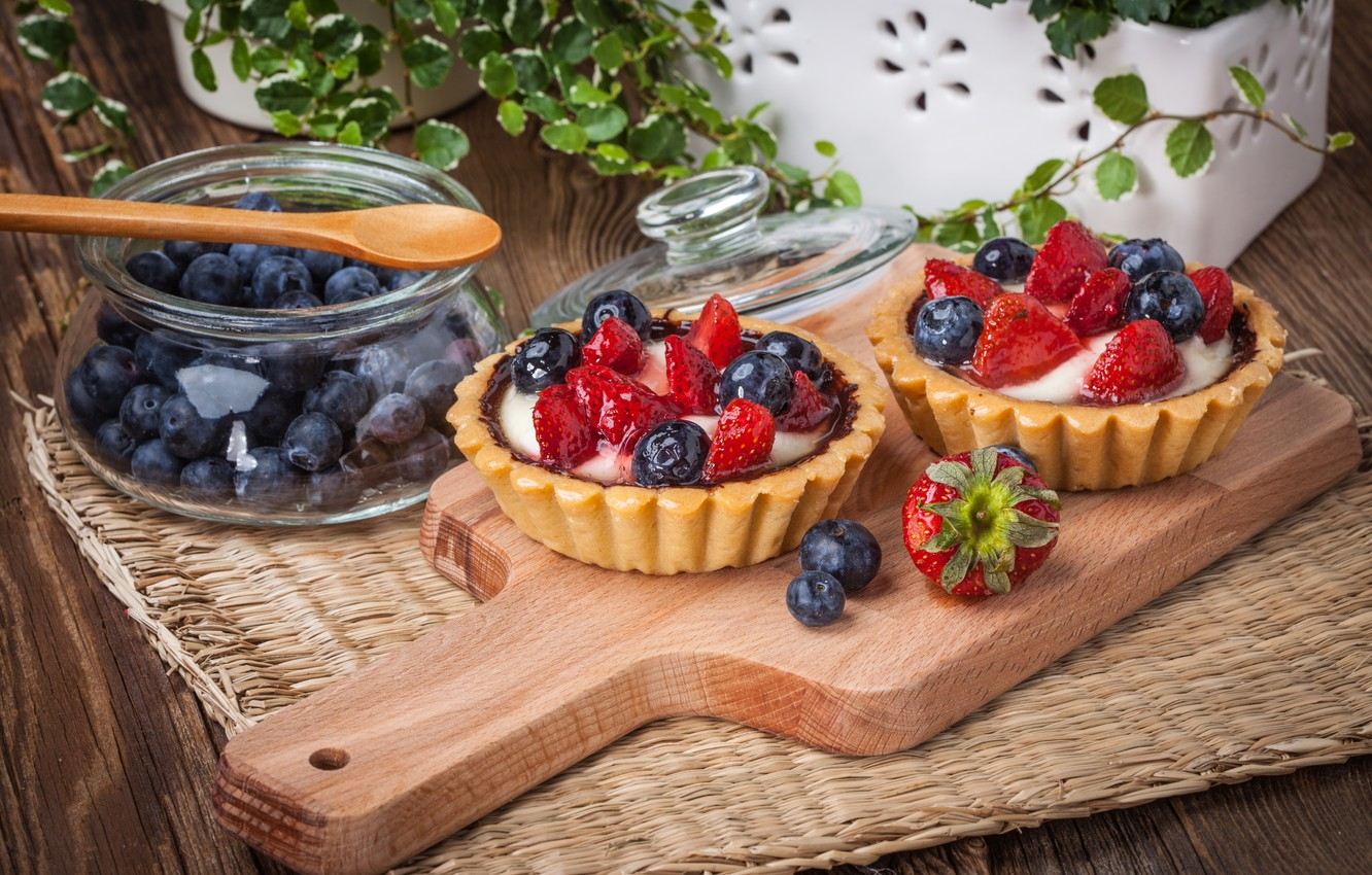 Photo wallpaper berries, blueberries, strawberry, basket, dessert, sweet, sweet, cream, dessert, berries, delicious, tart, tartlet