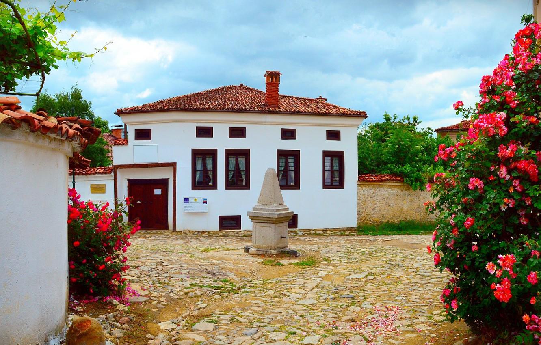 Photo wallpaper Flowers, House, Village, House, Flowers, Village