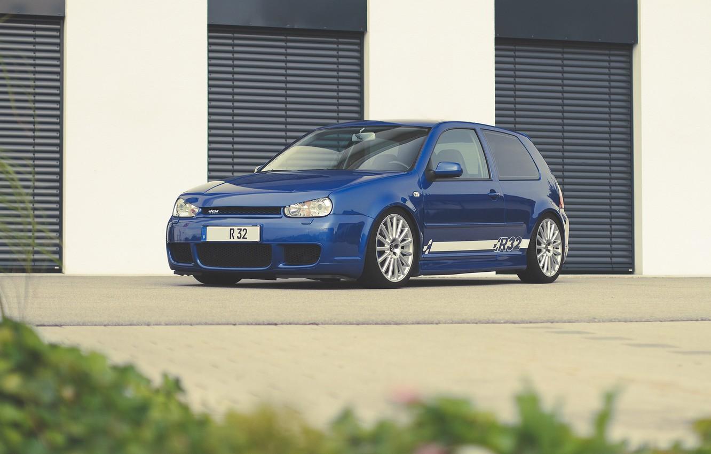 Photo wallpaper volkswagen, golf, blue, r32