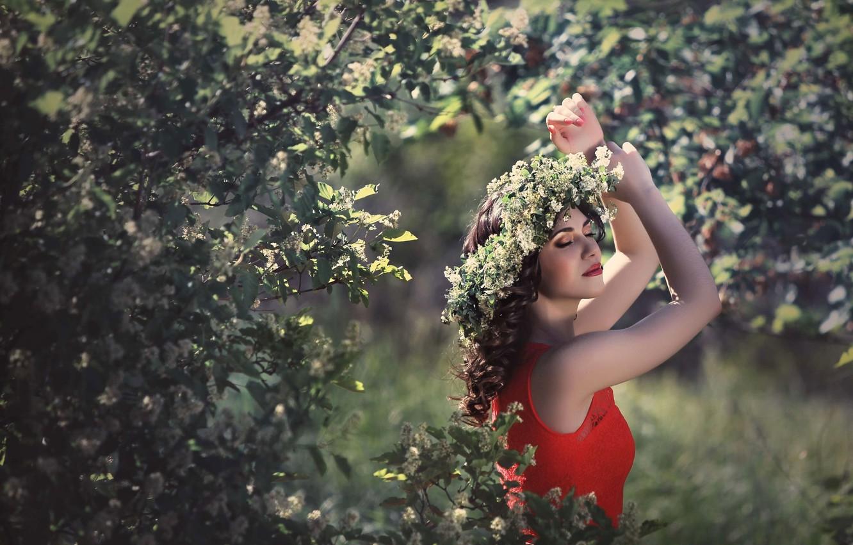 Photo wallpaper girl, happiness, spring, dress, flowering, wreath