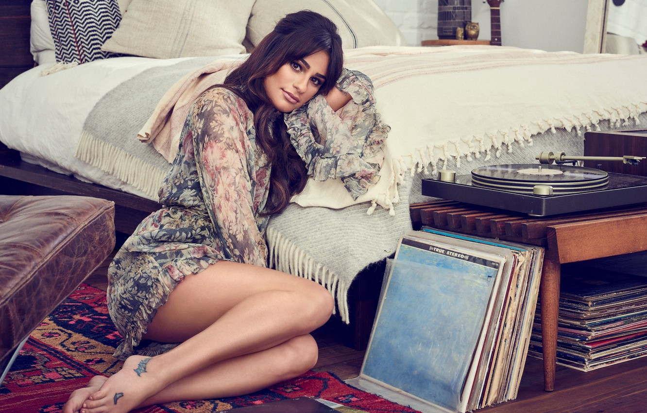 Photo wallpaper pose, bed, pillow, makeup, dress, actress, brunette, hairstyle, player, vinyl, singer, sitting, on the floor, …