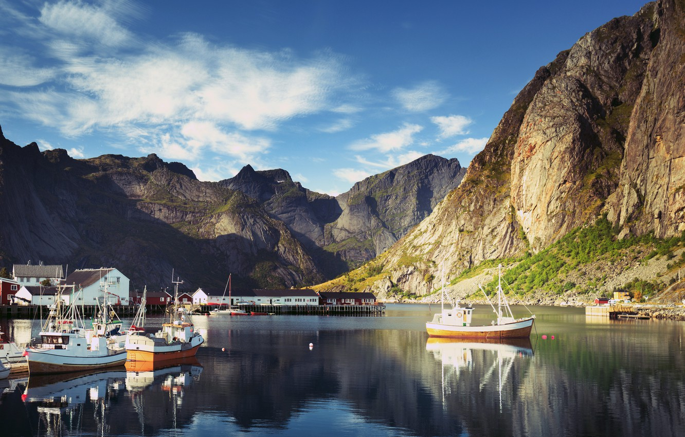 Photo wallpaper the sky, clouds, mountains, rocks, home, Bay, boats, Norway, boats, Sunny, piers, The Lofoten Islands, …