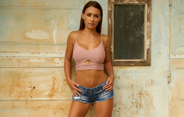 Photo wallpaper girl, shorts, beauty, face, brunette, top, body, standing, close up, Laureen
