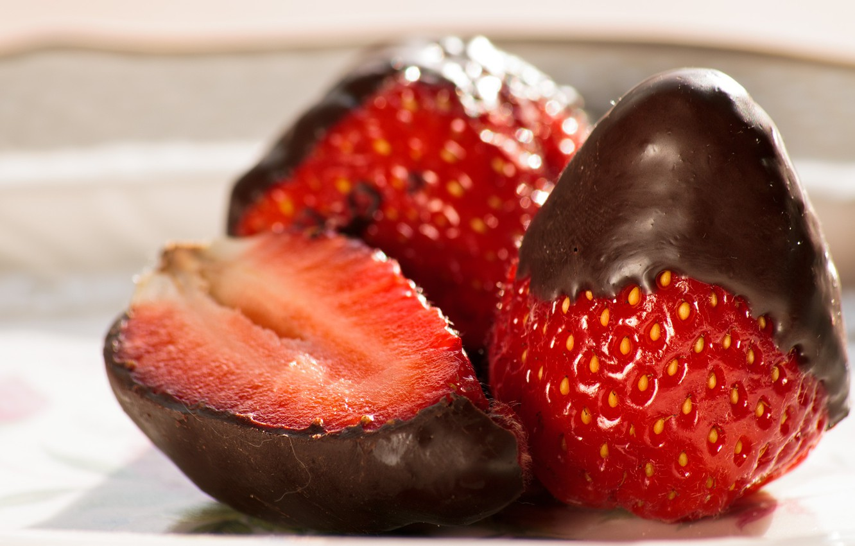 Photo wallpaper Chocolate, Strawberry, Strawberry, Chocolate