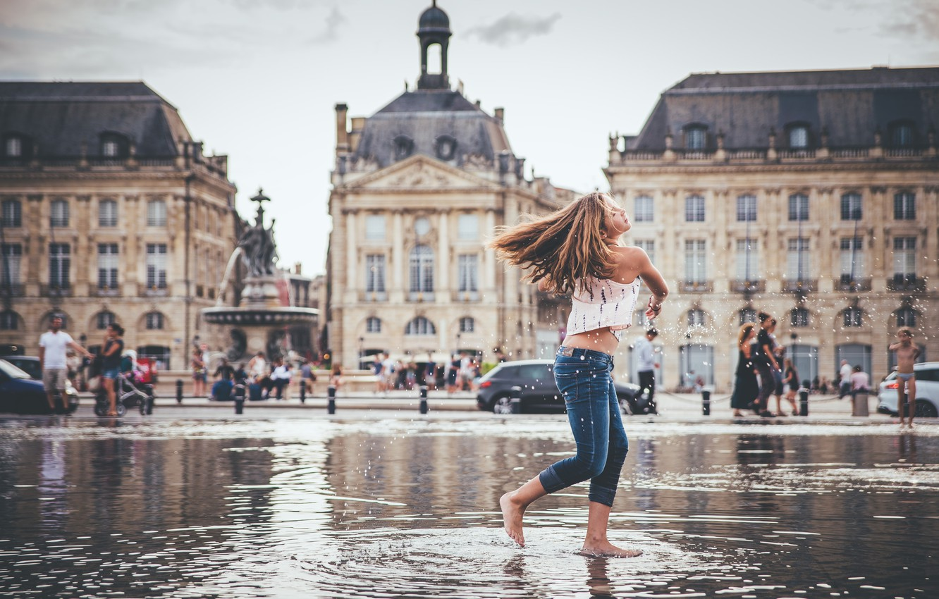 Photo wallpaper water, girl, the city, mood, France, Bordeaux, Square-a fountain Water Mirror, The stock exchange square