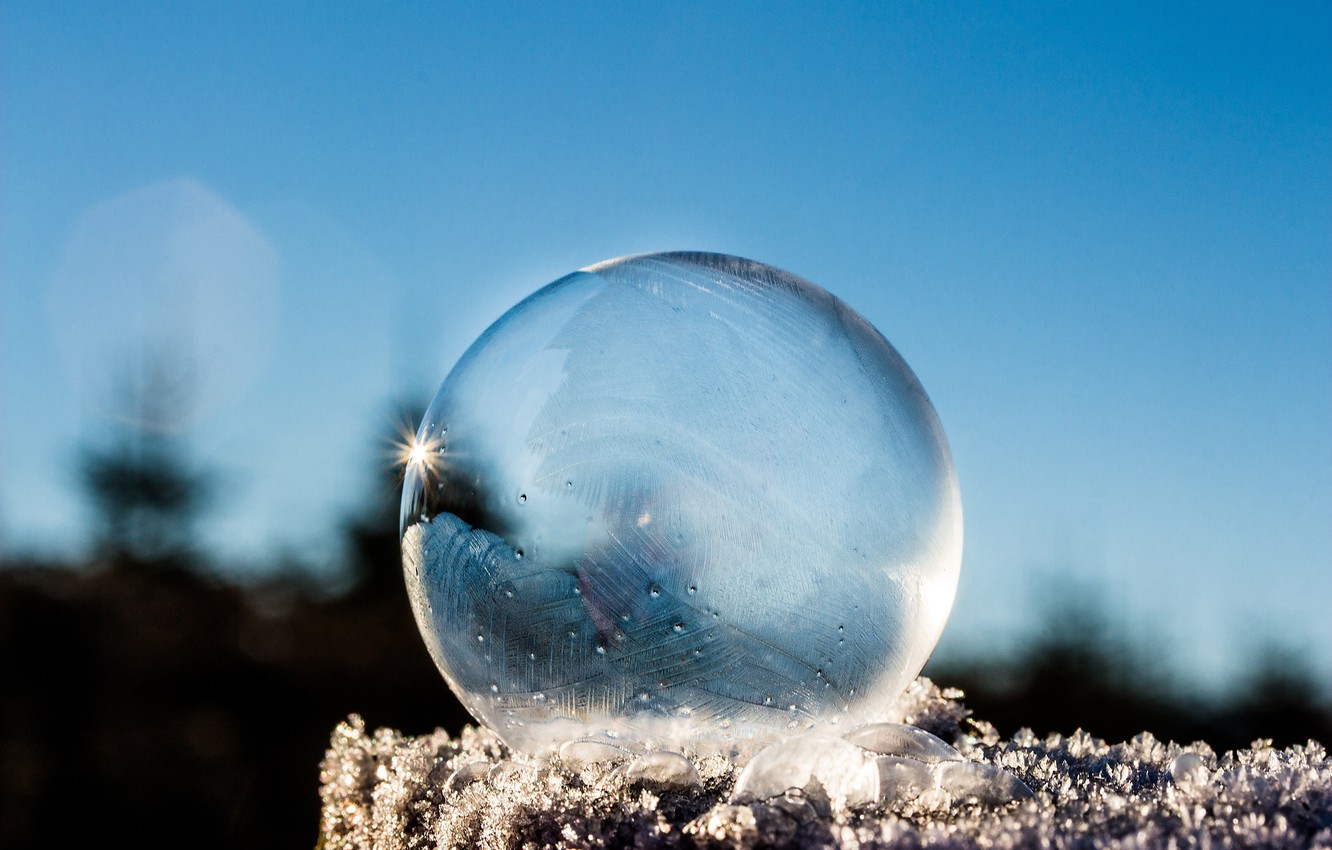 Photo wallpaper ice, sky, photography, winter, snow, macro, bokeh, reflection, ball, cold, frost, Sphere, translucent
