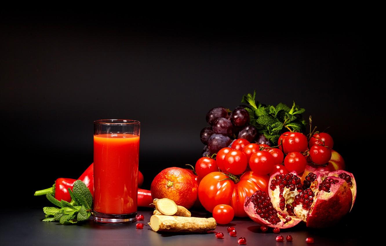 Photo wallpaper glass, juice, grapes, pepper, vegetables, tomatoes, tomatoes, garnet