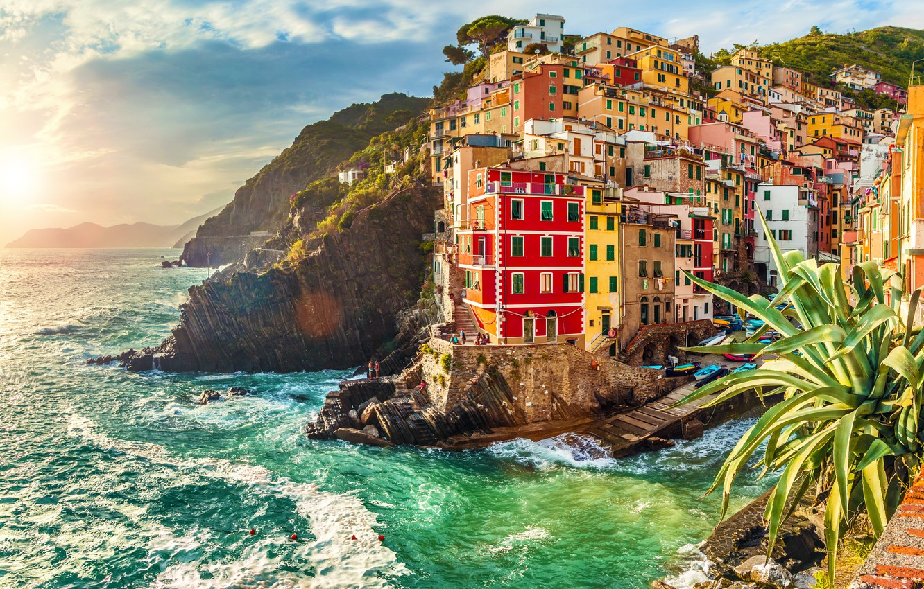 Photo wallpaper sea, rocks, coast, Villa, boats, Italy, houses, Riomaggiore, travel