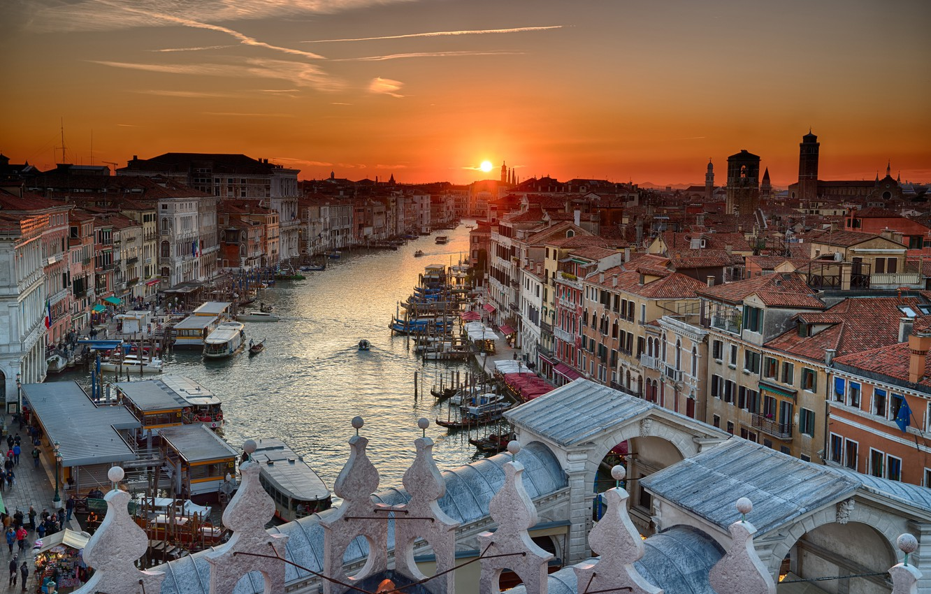 Photo wallpaper the sky, water, the sun, sunset, home, boats, Italy, Venice, channel