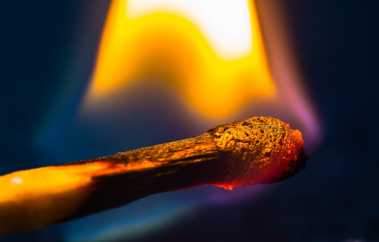 Photo wallpaper macro, fire, match