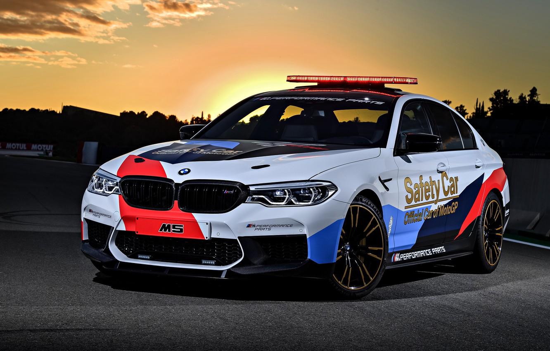 Photo wallpaper sunset, MotoGP, 2018, flashers, Safety Car, BMW M5