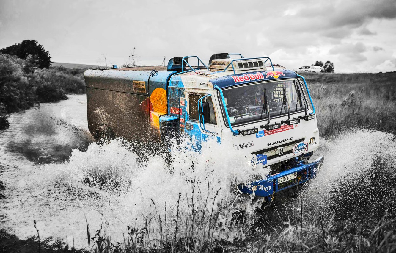 Photo wallpaper The sky, Water, Nature, Sport, Speed, Truck, Race, Master, Squirt, Beauty, Russia, Beast, Kamaz, Rally, …