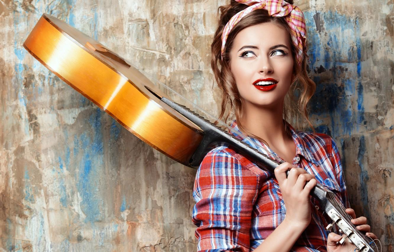 Photo wallpaper pose, background, wall, shorts, guitar, portrait, makeup, hairstyle, shirt, brown hair, beauty, shawl