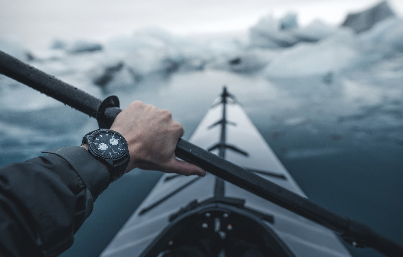 Photo wallpaper ice, watch, hand, tourism, kayak, paddle, Rafting on the river, Island Roadtrip