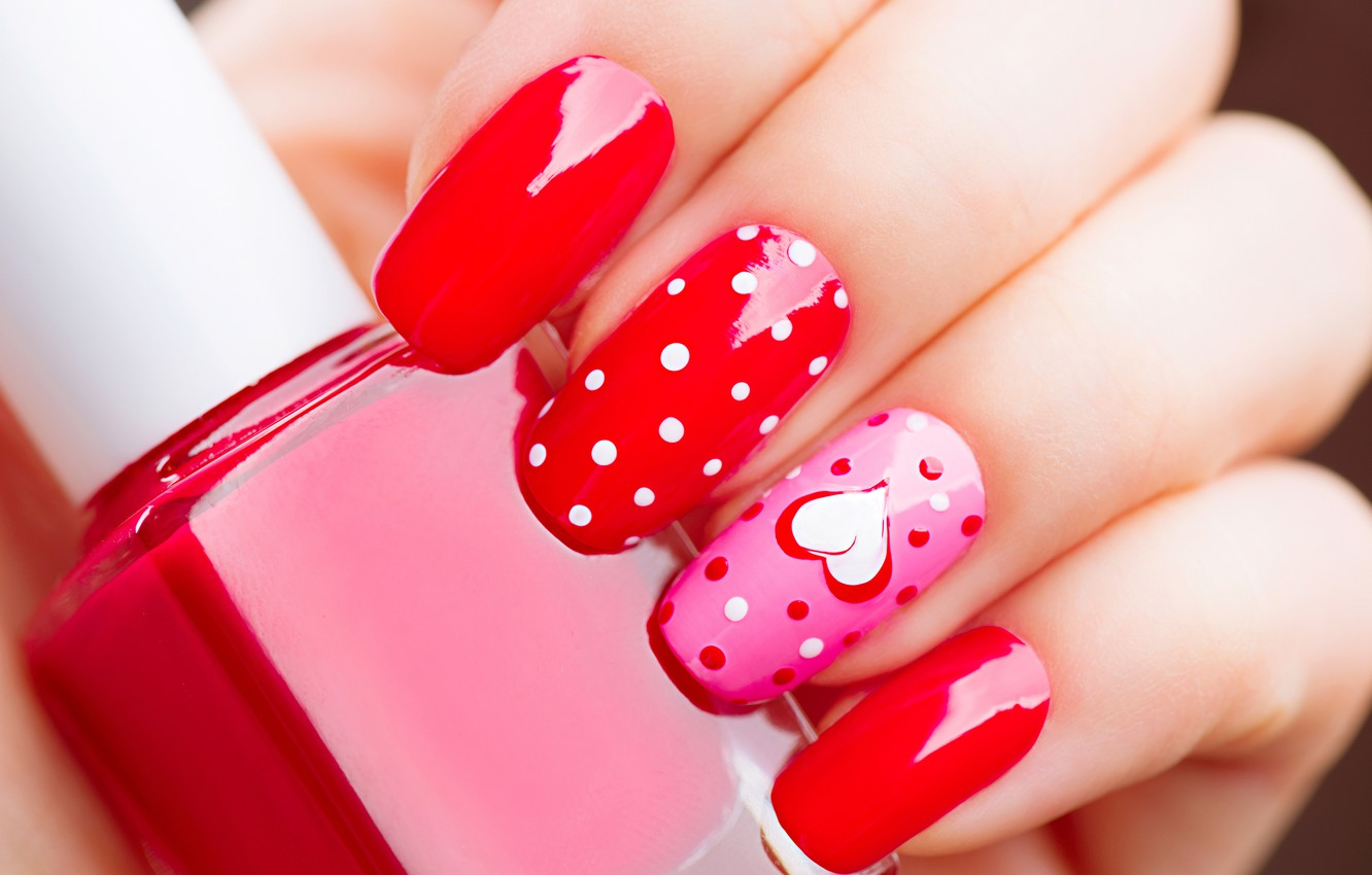 Photo wallpaper macro, close-up, red, hand, fingers, heart, nails, Valentine's day, lacquer, bokeh, manicure