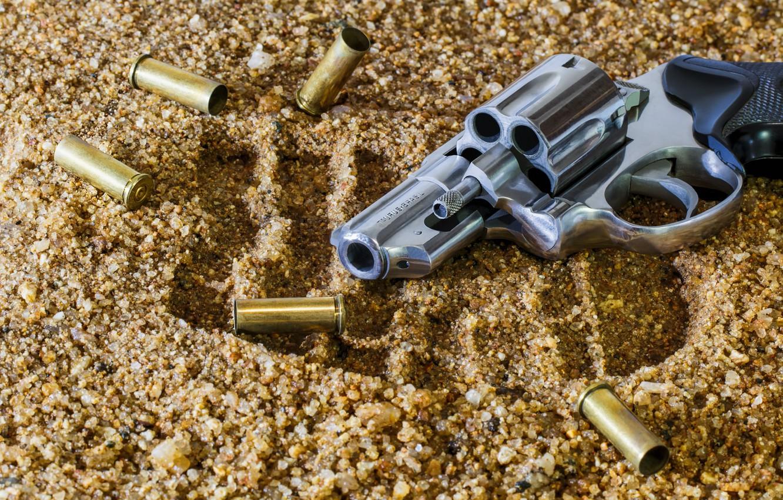Photo wallpaper gun, trail, blur, revolver, sleeve, drum, bokeh, revolver, Taurus, wallpaper., firearms, melee, ammunition, the camouflage …