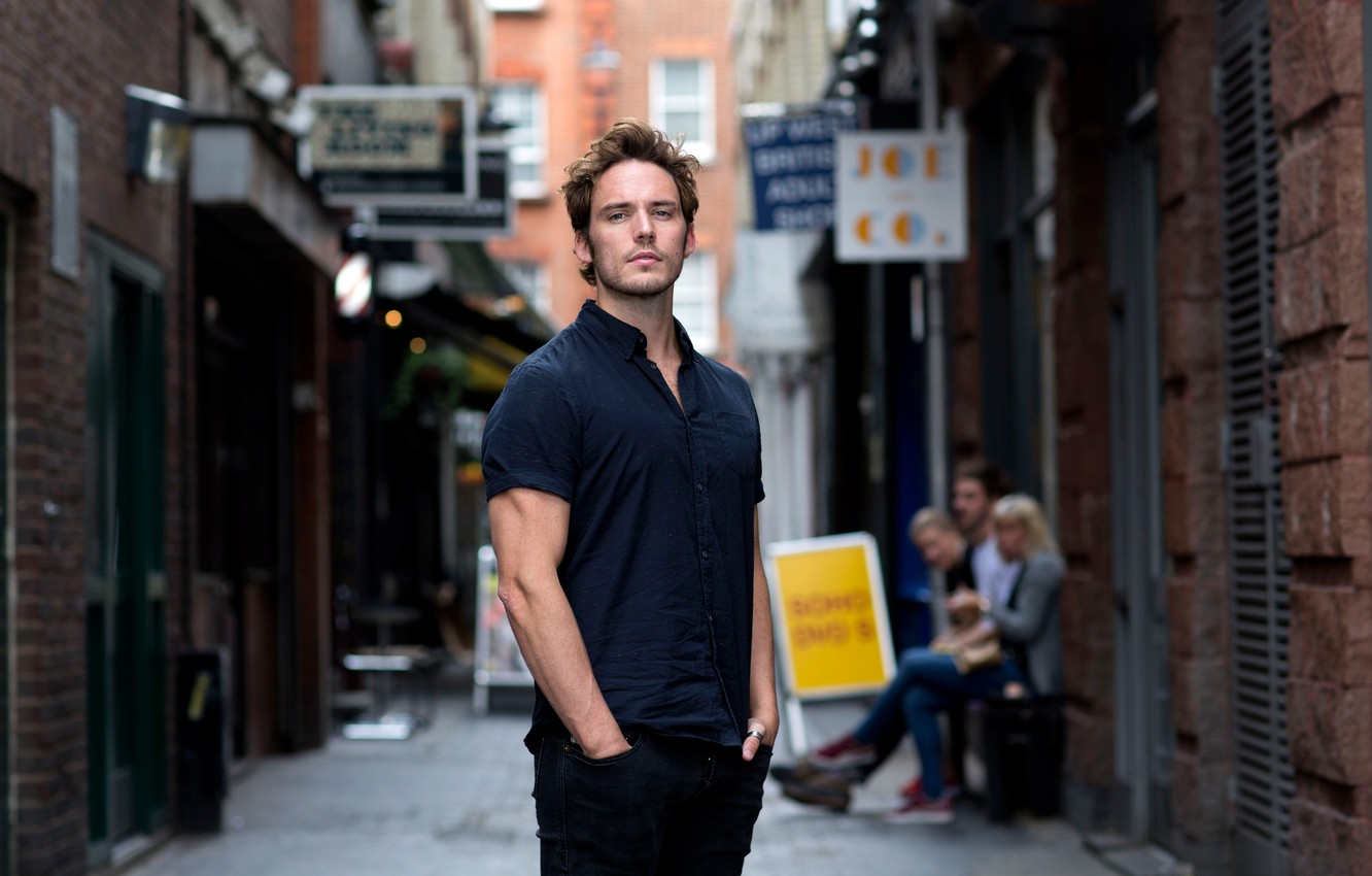 Photo wallpaper pose, street, actor, male, Sam Claflin