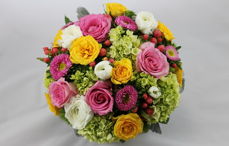 Photo wallpaper roses, bouquet, buttercups, hydrangeas, asters