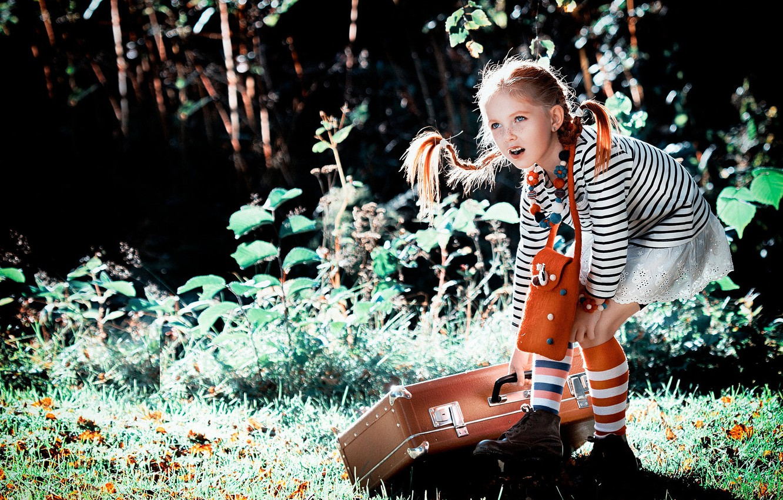 Photo wallpaper summer, nature, girl, braids, suitcase, knee, Pippi, Longstocking