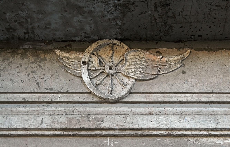 Photo wallpaper line, old, sign, the building, wings, shadow, wheel, devastation, emblem, concrete, plaster, shape, vintage, light\, …