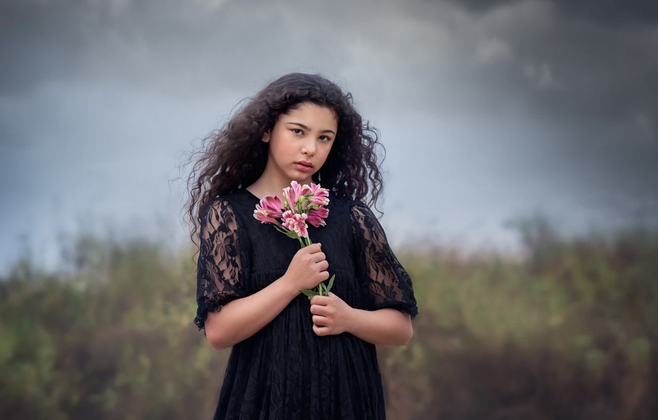 Photo wallpaper clouds, bouquet, girl, Storm Clouds And Flowers
