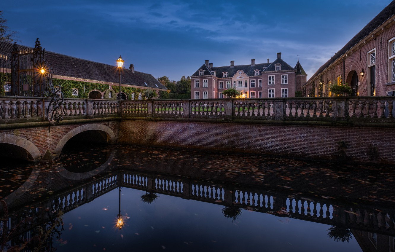 Photo wallpaper lights, castle, the evening, Netherlands, Holland, Castle Ampsen