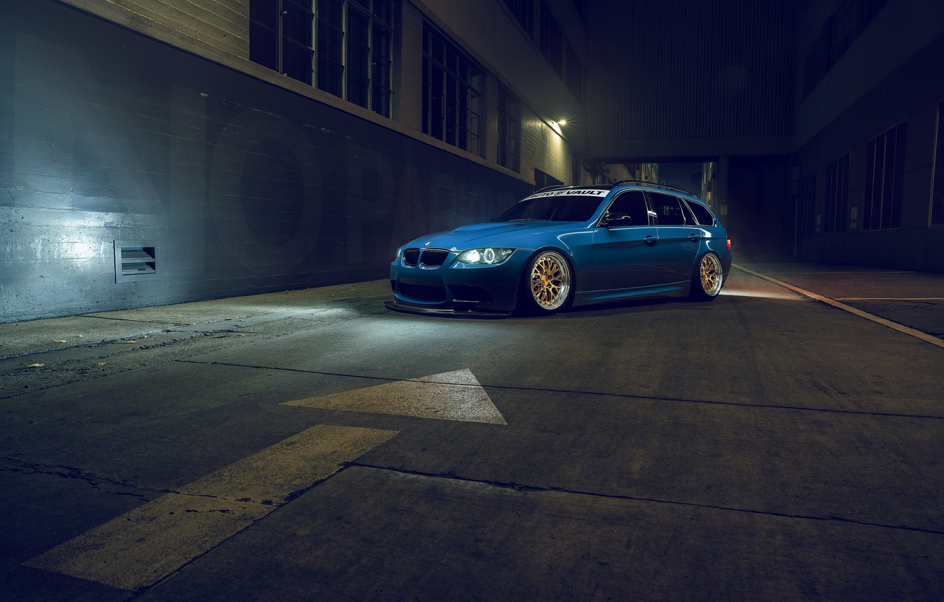 Photo wallpaper BMW, Blue, Front, Stance, E91, Rotifrom