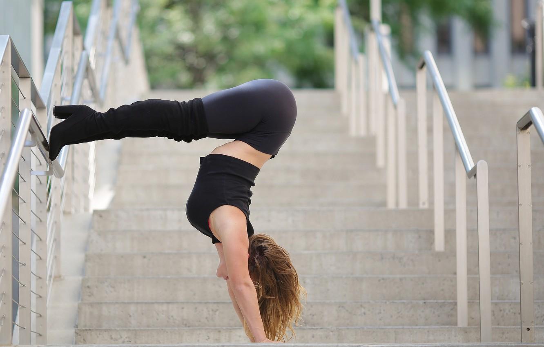 Photo wallpaper summer, girl, pose, gymnastics, boots, steps, legs, stretching, Alexa