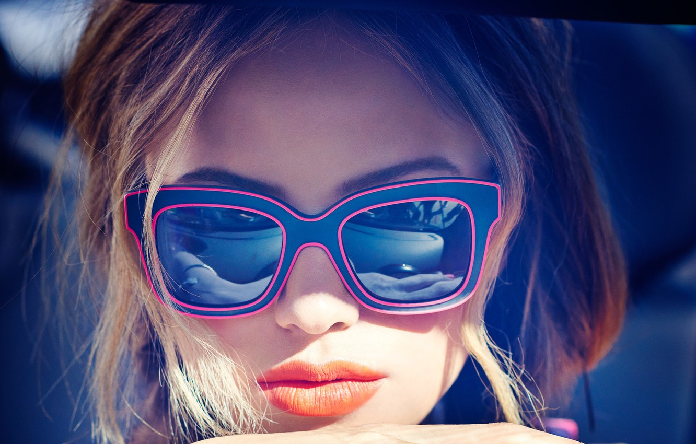 Photo wallpaper girl, face, glasses, Halston Sage