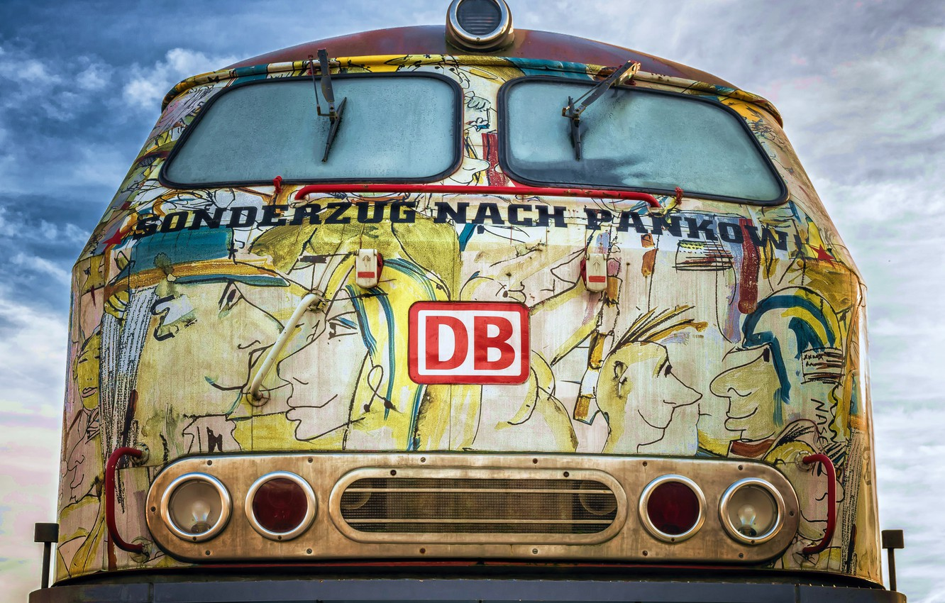 Photo wallpaper graffiti, train, hdr, urban, ultra hd