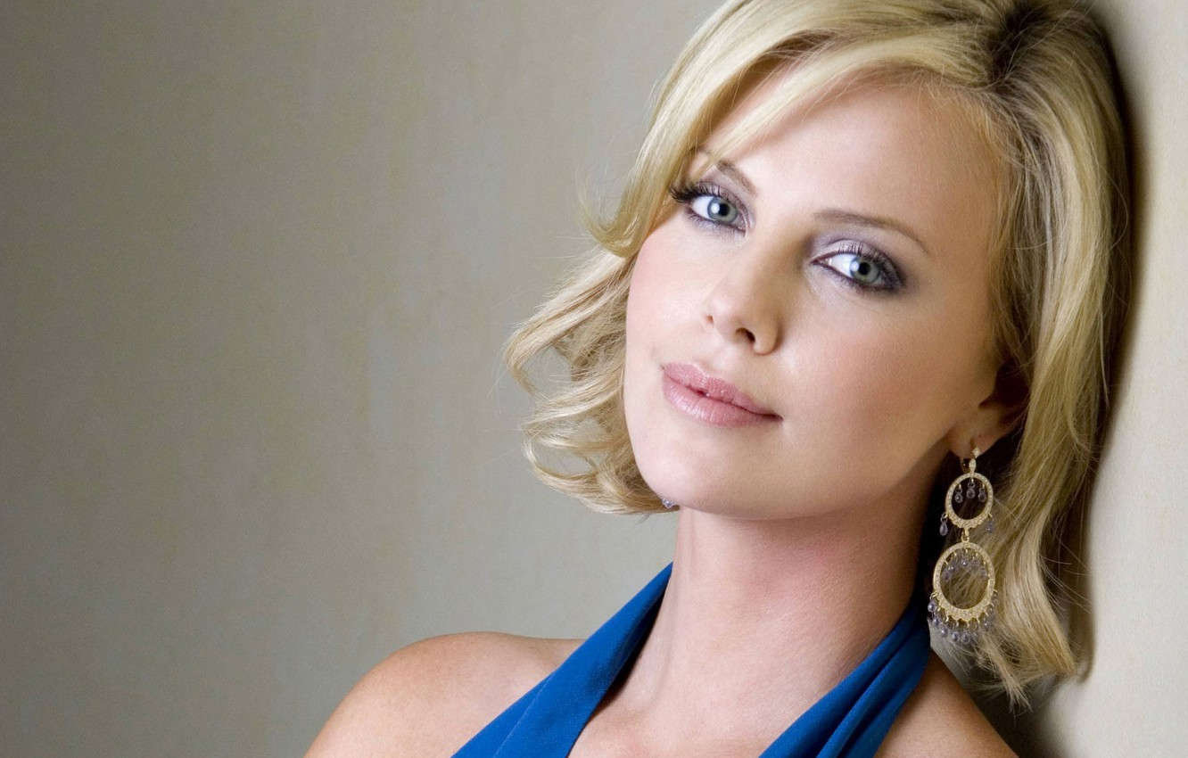 Photo wallpaper look, face, Charlize Theron, model, earrings, actress, blonde, Charlize Theron