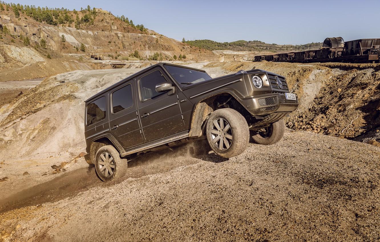 Photo wallpaper earth, Mercedes-Benz, dust, relief, scrap, 2018, G-Class, quarry