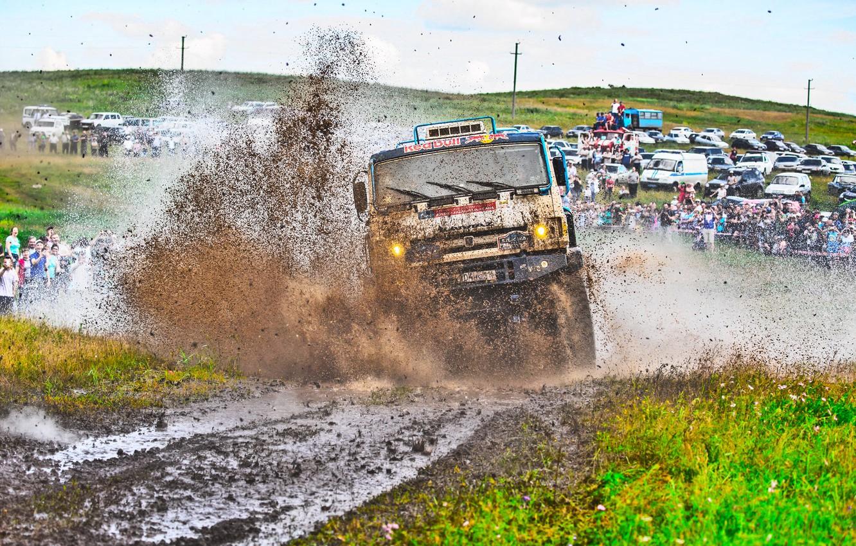 Photo wallpaper Grass, Sport, Speed, People, Race, Master, Dirt, Machine, Squirt, Lights, Russia, Kamaz, Rally, Rally, KAMAZ, …