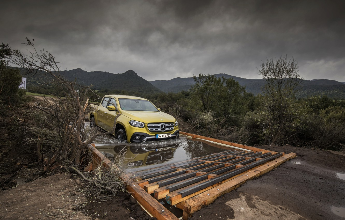 Photo wallpaper yellow, movement, overcast, Mercedes-Benz, puddle, pickup, 2017, X-Class