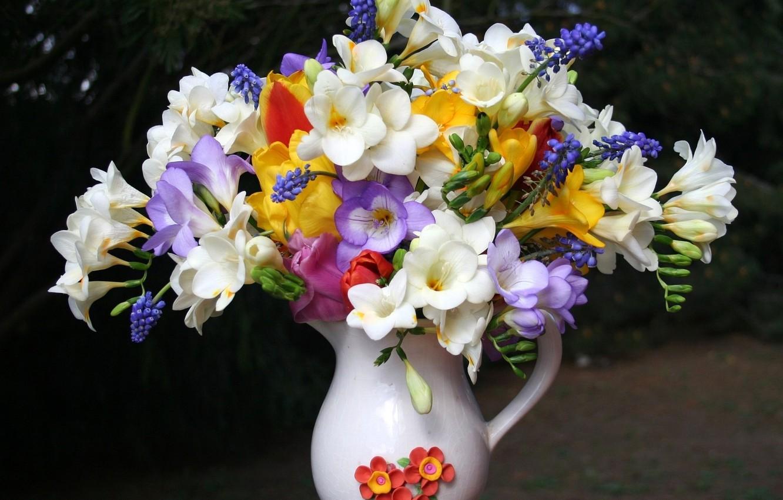 Photo wallpaper bouquet, petals, vase